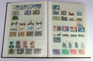 GB - collection in brown s/book c1965-1991 Commems, complete unmounted mint as far as we can tell.