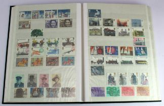 GB - collection in green s/book c1965-1991 Commems, complete unmounted mint as far as we can tell.