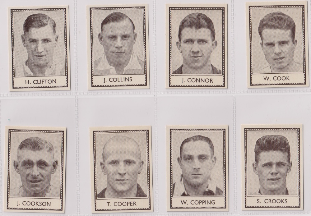 Trade cards, Barratt's, Famous Footballers (Numbered) 'M' size, 1939/40, ref HB-35 E, (set, 110 - Image 7 of 28