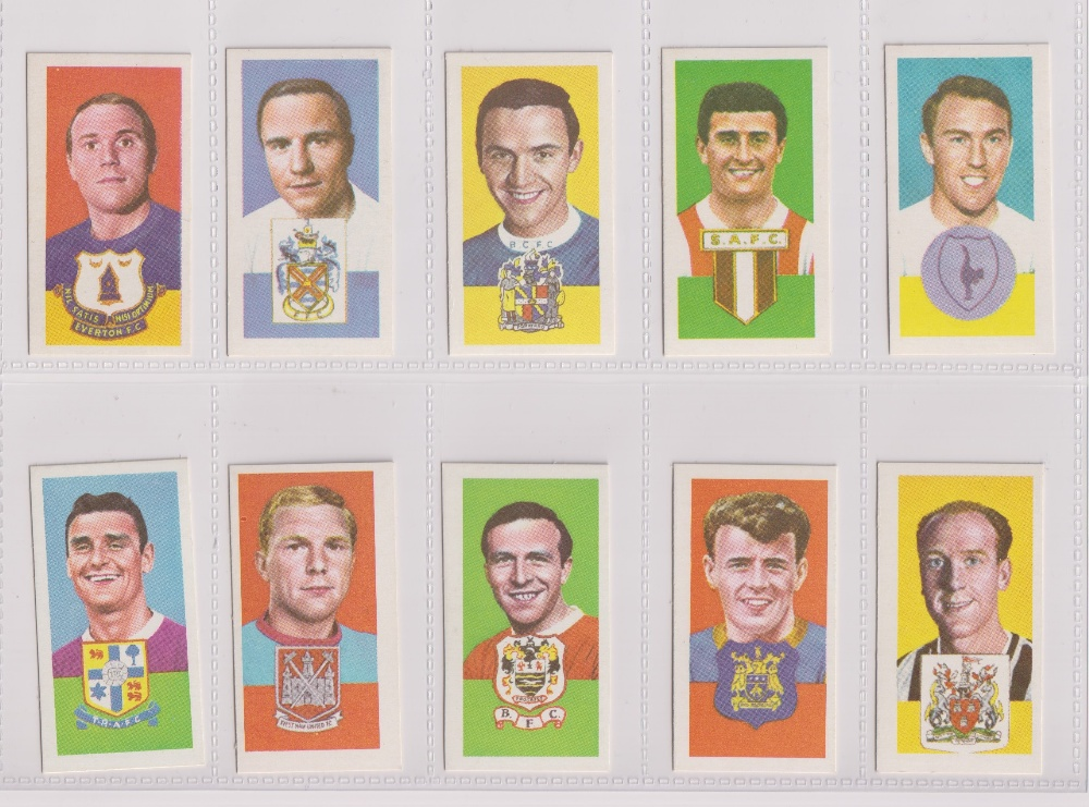 Trade cards, Barratt's, Famous Footballers, two sets, Series A10 (50 cards) & Series A15 (50 - Image 2 of 2