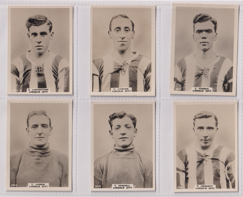 Cigarette cards, Phillips, Footballers (all Pinnace back), 'L' size, 13 different cards, all Lincoln