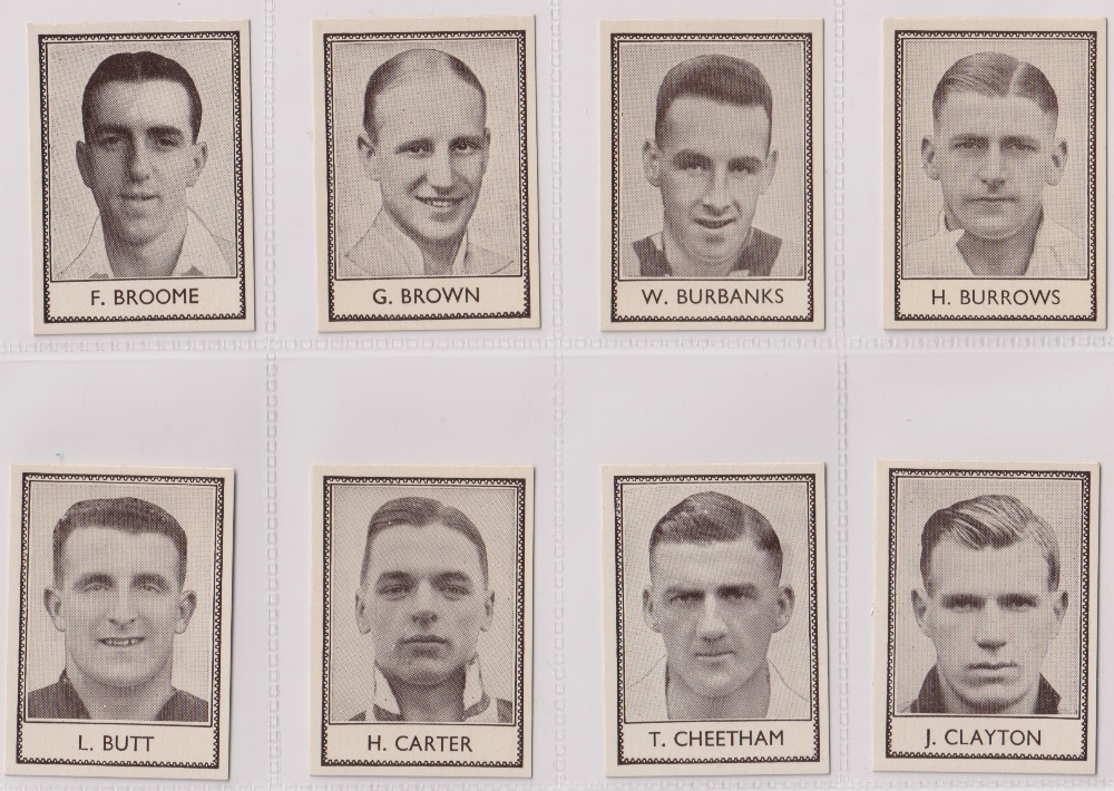 Trade cards, Barratt's, Famous Footballers (Numbered) 'M' size, 1939/40, ref HB-35 E, (set, 110 - Image 5 of 28