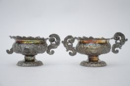 A pair of silver altar vases, 17th century (12x24x9 cm) (*)