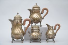 A four-piece coffee set in silver, 800/1000 (h 32cm)