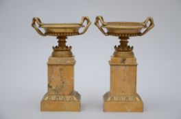 A pair of bronze vases in Sienna marble and gilt bronze (32cm) (*)