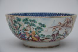 Bowl in Chinese 'mandarin' porcelain, Qianlong period (11x26 cm) (*)
