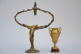 Lot: a gilt bronze lamp by Meliodon (52 x 41 cm) and an art nouveau vase in bronze by Barbedienne (