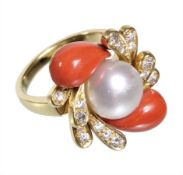 decorative ring, yellow gold 750/000, central freshwater pearl diameter = 10.3 mm, 16 ...