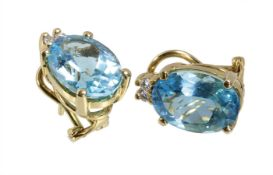 ear clips (with pin), H. STERN, yellow gold 750/000, 2 blue topazs c. 14,09 ct (facet), 4 ...