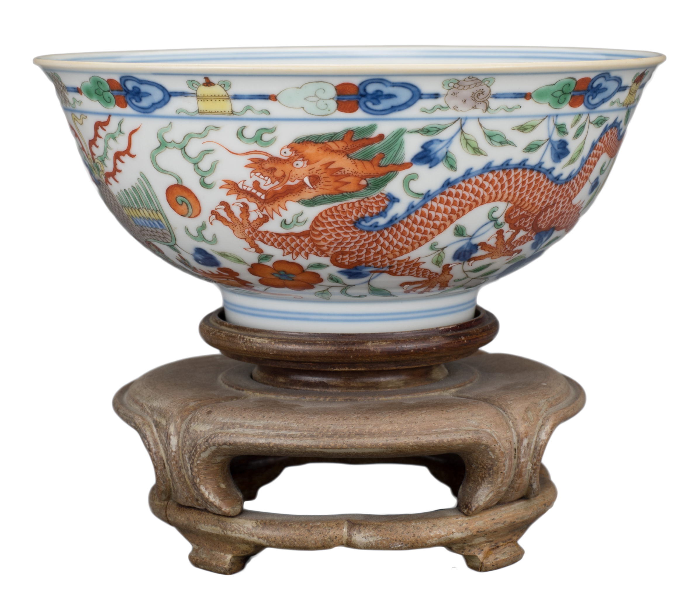 FINE CHINESE WUCAI 'DRAGON & PHOENIX' PORCELAIN BOWL, JIAQING MARK AND PERIOD, EARLY 19th CENTURY