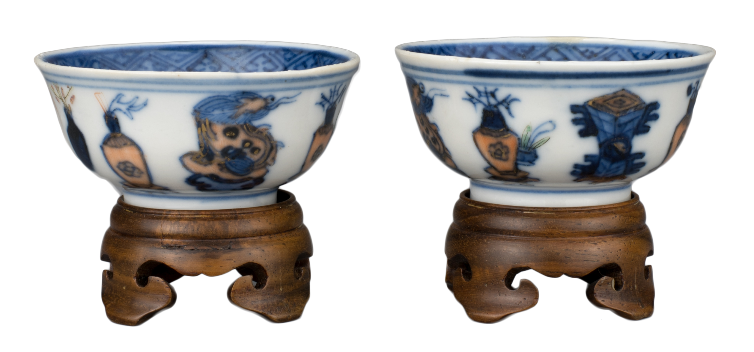 PAIR OF CHINESE PORCELAIN WINE CUPS, GUANGXU MARK AND PERIOD, 19th CENTURY