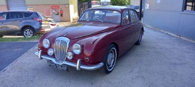 1968 DAIMLER V8
