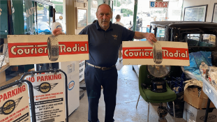 X2 COURIER RADIAL SIGNS