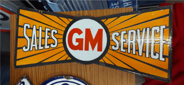 GM DOUBLE SIDED SIGN