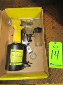 (1) Alcoa Model V-4 Air Hydraulic Rivet Tool