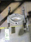 (1) Large Bearing Separator
