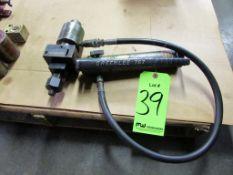 (1) Greenlee 767 Manual Hydraulic Pump
