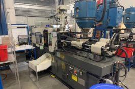 (1) 1994 Milacron 55 Ton Injection Molding Machine