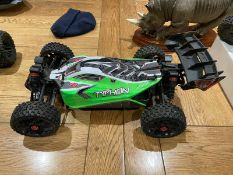 ARRMA TYPHON RC CAR, ALL WORKS, C/W 2 BATTERIES, REMOTE, LIKE NEW BOUGHT 2 WEEKS AGO (BOXED) *NO VAT