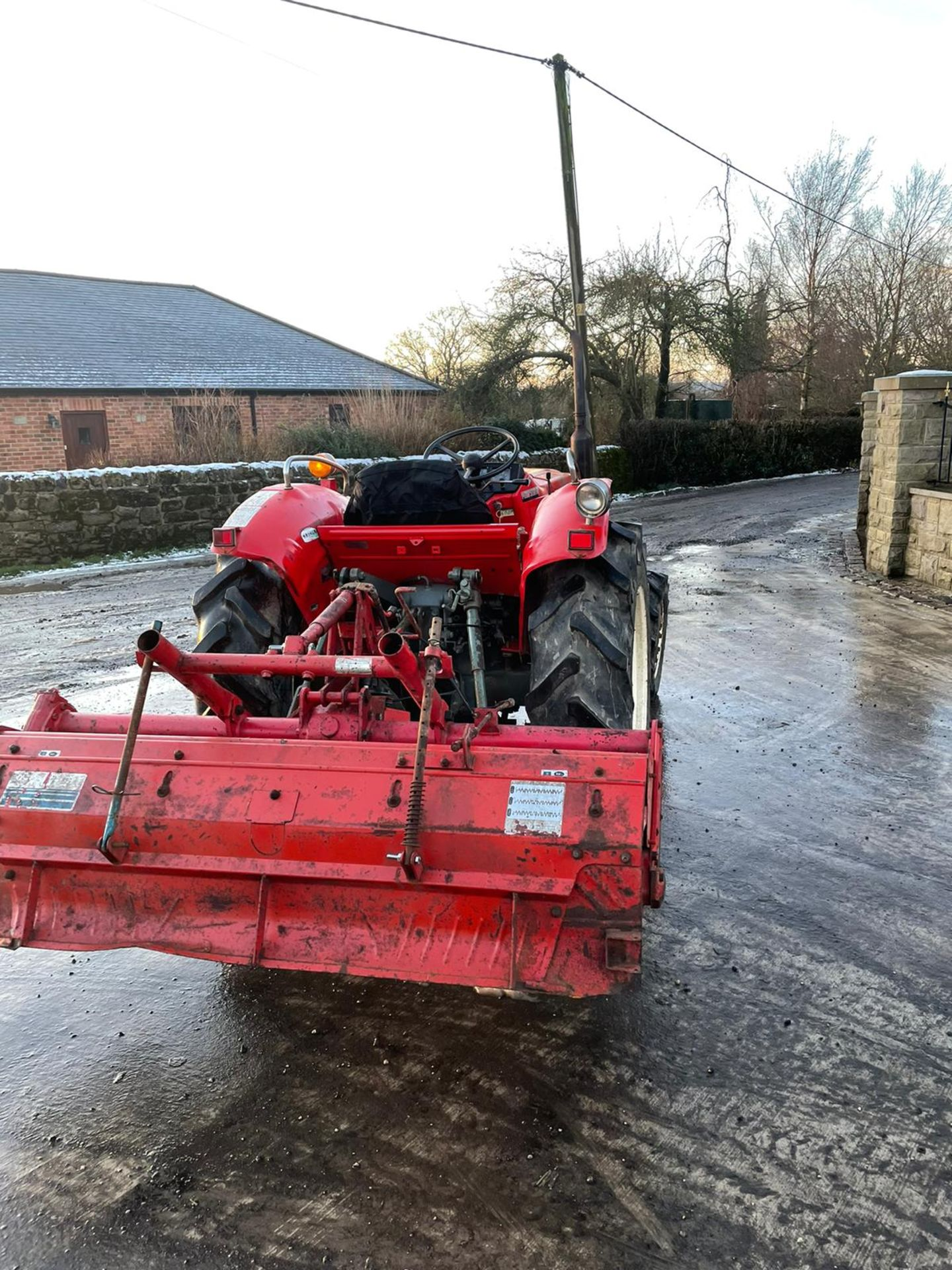 YANMAR YM2820D TRACTOR, 4 WHEEL DRIVE, WITH ROTATOR, RUNS AND WORKS, 3 POINT LINKAGE *PLUS VAT* - Image 5 of 8