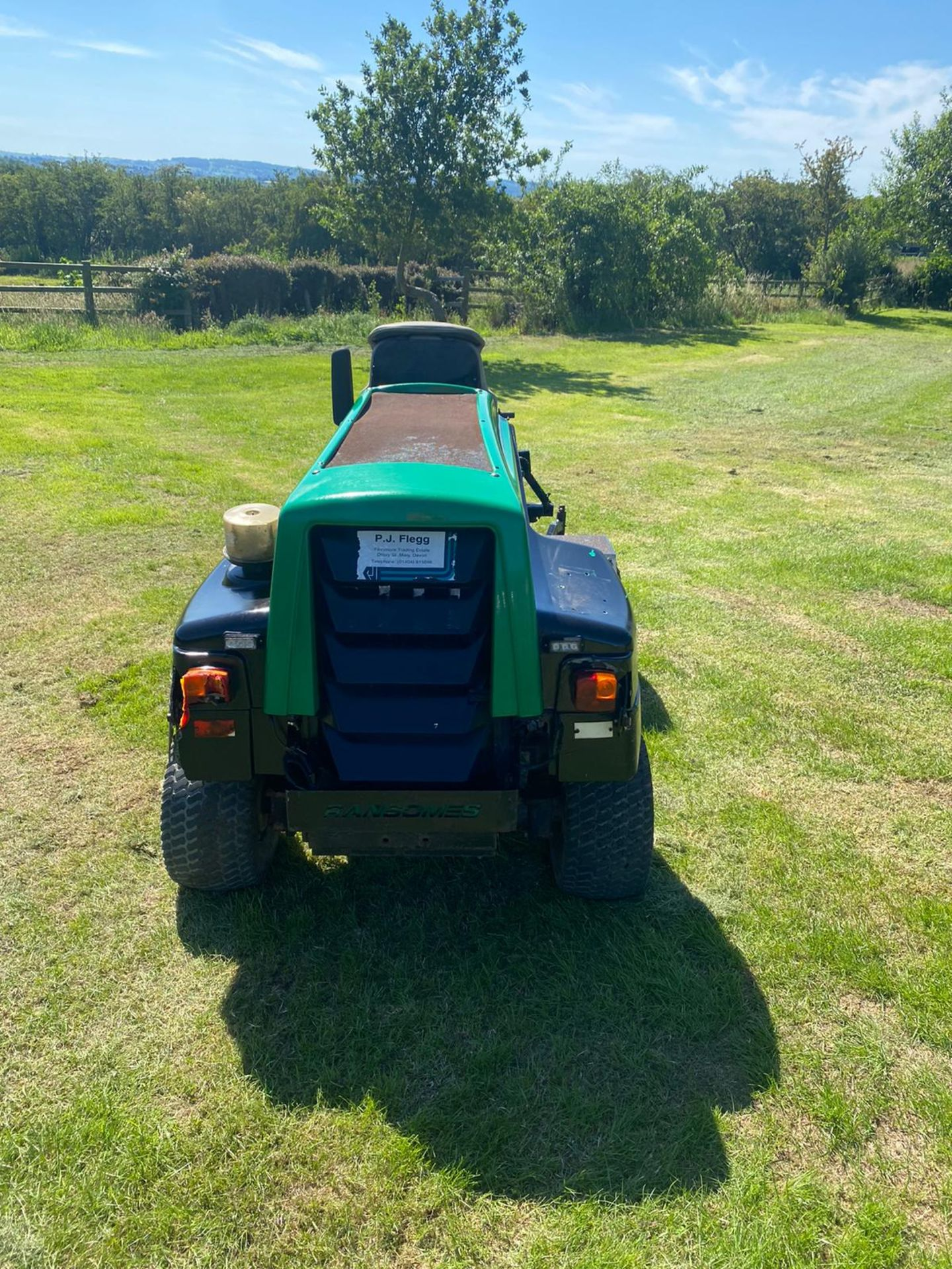 RANSOMES HR3806 OUT FRONT MOWER, RUNS, DRIVES AND CUTS, 38HP 3 CYLINDER KUBOTA ENGINE *PLUS VAT* - Image 6 of 6