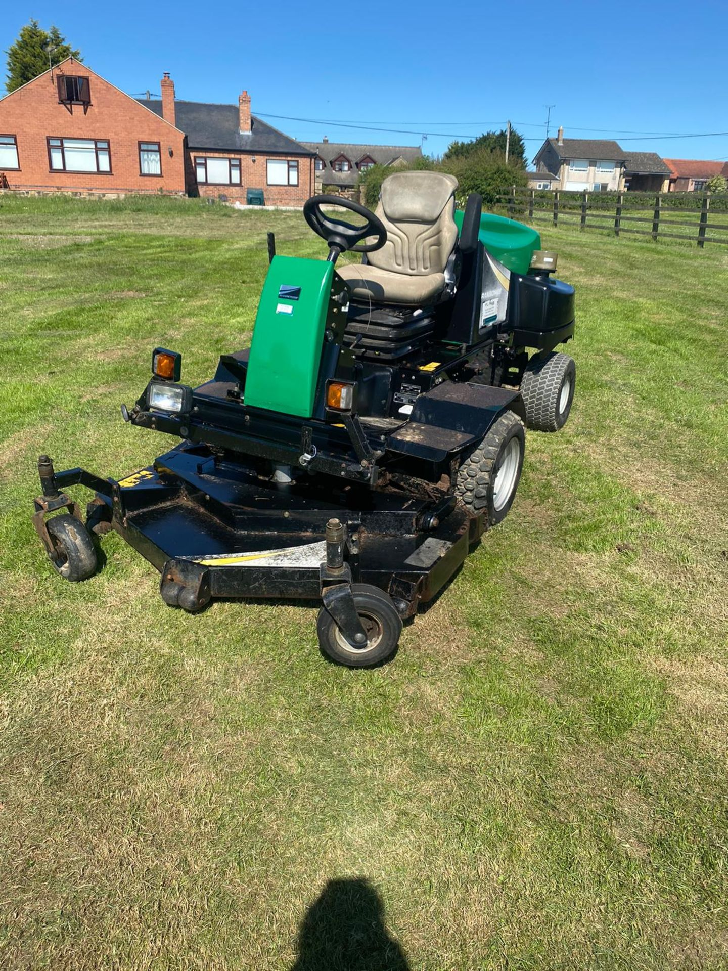 RANSOMES HR3806 OUT FRONT MOWER, RUNS, DRIVES AND CUTS, 38HP 3 CYLINDER KUBOTA ENGINE *PLUS VAT* - Image 5 of 6