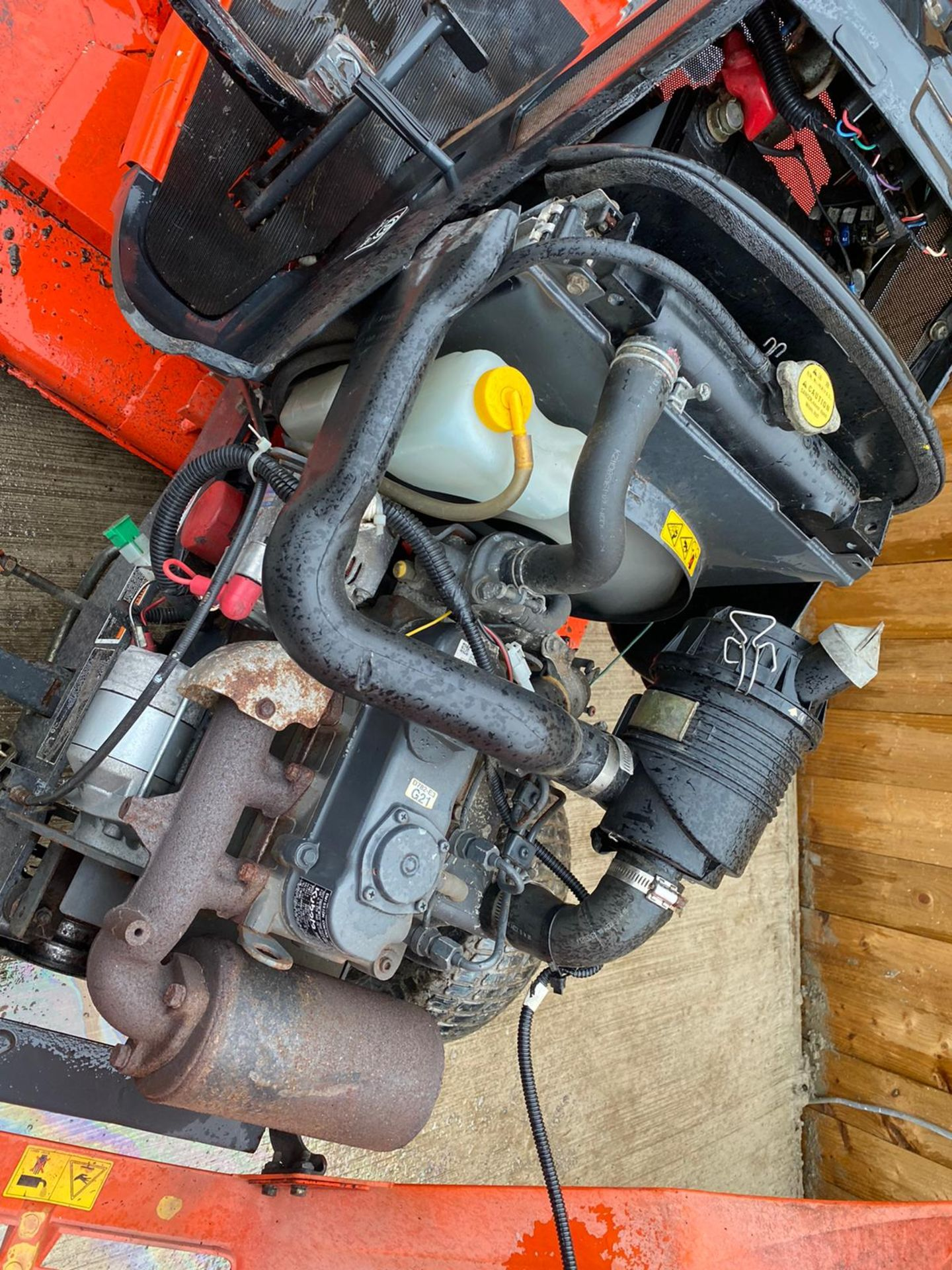 2009 KUBOTA G2160 DIESEL RIDE ON LAWN MOWER, IN EXCELLENT CONDITION *PLUS VAT* - Image 3 of 4