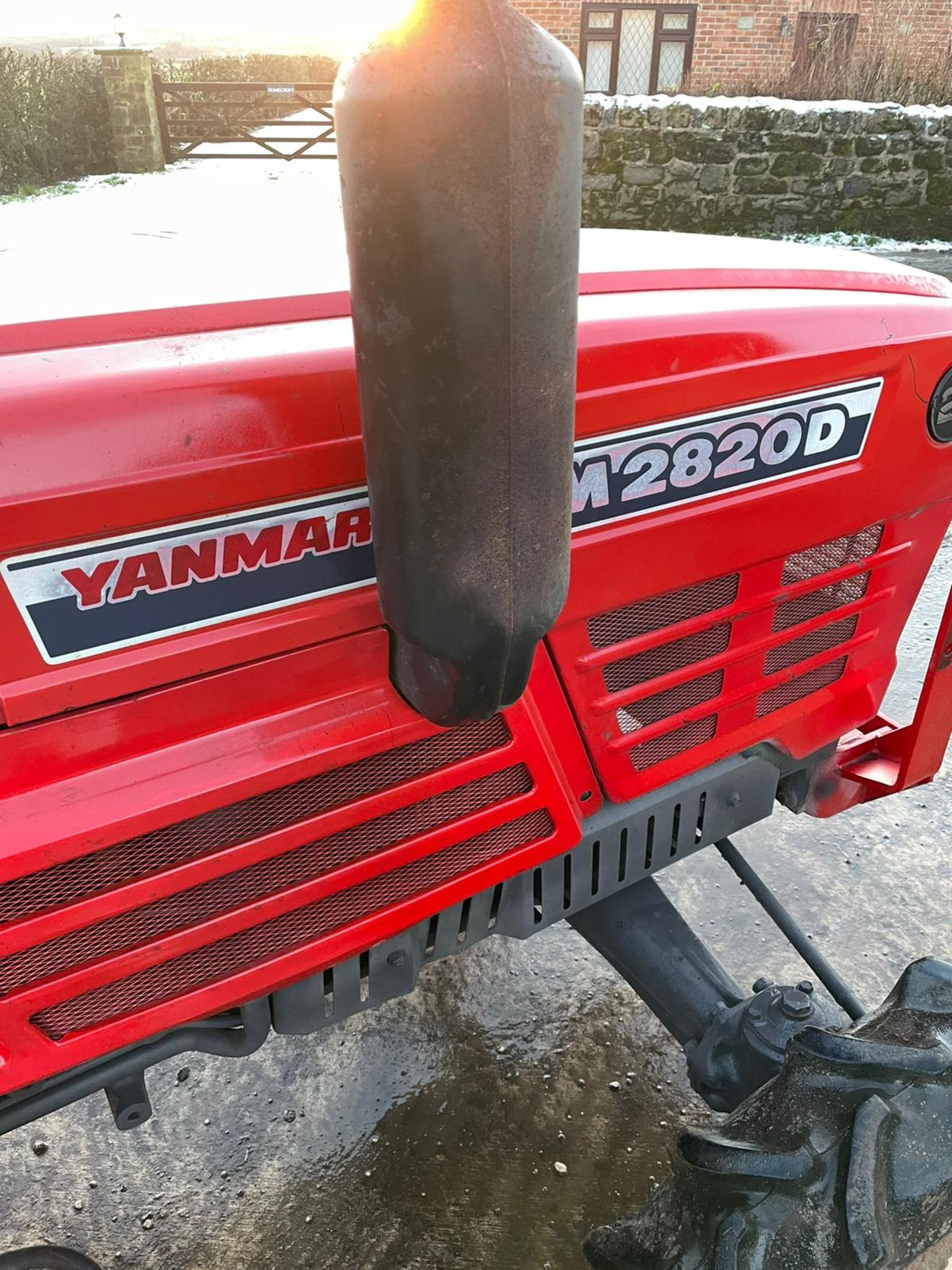 YANMAR YM2820D TRACTOR, 4 WHEEL DRIVE, WITH ROTATOR, RUNS AND WORKS, 3 POINT LINKAGE *PLUS VAT* - Image 8 of 8
