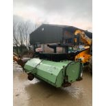 DMX SWEEPER SOLUTION SWEEPER BUCKET, ALL WORKS, HYDRAULIC DRIVEN, SUITABLE FOR PALLET FORKS