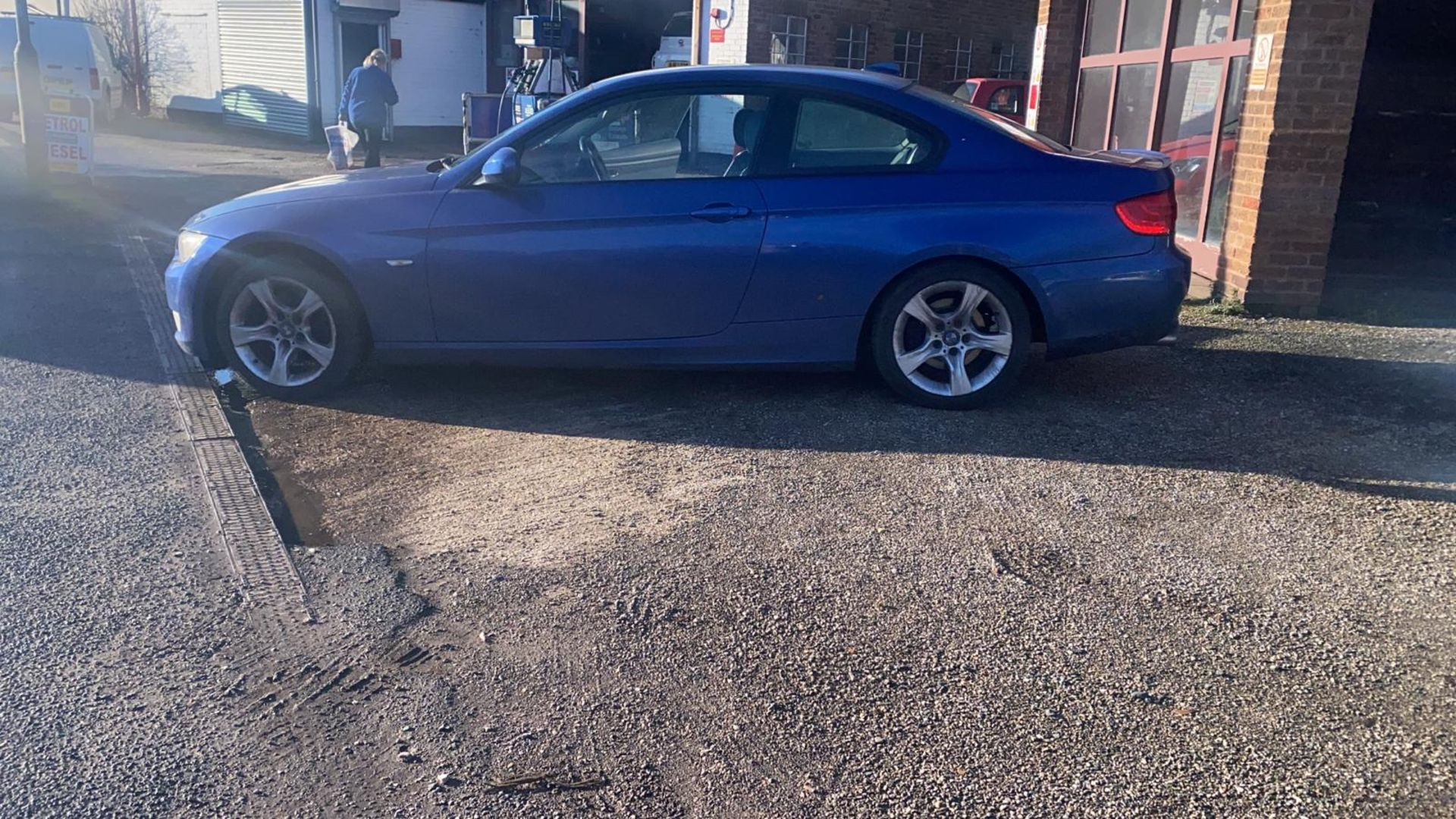 2010/60 REG BMW 320D SE AUTOMATIC 2.0 DIESEL BLUE COUPE 180 BHP *NO VAT* - Image 5 of 10