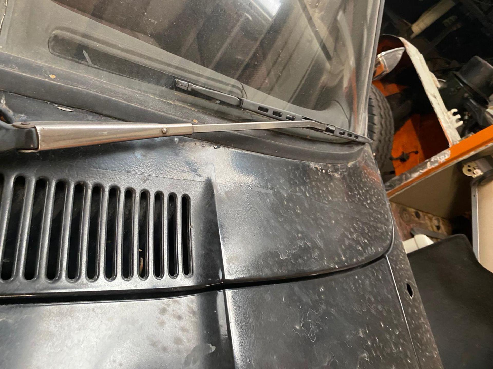 1986/C REG FORD CAPRI LASER AUTO 2.0 PETROL BLACK 3 DOOR *NO VAT* - Image 28 of 32