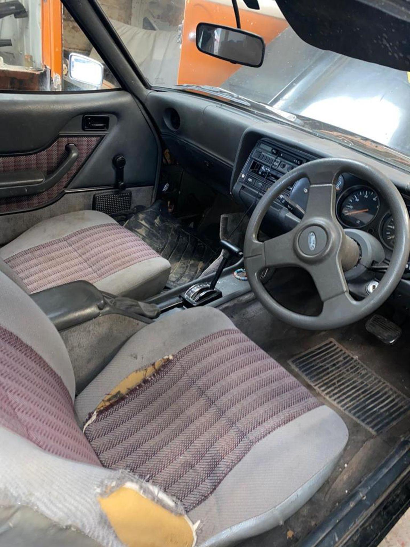 1986/C REG FORD CAPRI LASER AUTO 2.0 PETROL BLACK 3 DOOR *NO VAT* - Image 18 of 32