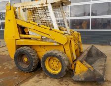CASE 1840B SKID STEER LOADER, STARTS, RUNS, DRIVES AND WORKS AS IT SHOULD, PIPED FOR 3RD SERVICE