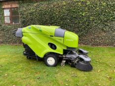 MA - TENNANT GREEN MACHINE MODEL: 414S2D PEDESTRIAN SWEEPER/ COLLECTOR, GENUINE 7 HOURS FROM NEW