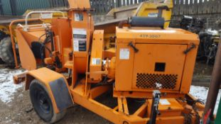 WOODCHUCK W/C 17 TOWABLE SINGLE AXLE WOOD CHIPPER, *PLUS VAT*