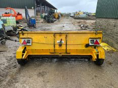EPOKE SINGLE AXLE SPREADER / GRITTER, TOW BEHIND *PLUS VAT*