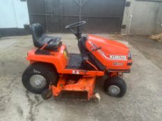 KUBOTA DIESEL RIDE ON MOWER, STRICTLY FOR PARTS ONLY, DELIVERY ANYWHERE UK £150 *PLUS VAT*