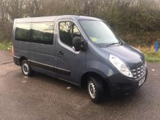 2013/63 REG RENAULT MASTER 2.3 DIESEL DISABLED ACCESS VEHICLE / MINIBUS, SHOWING 2 FORMER KEEPERS
