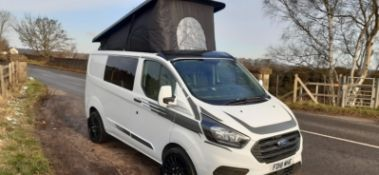 2018/18 REG FORD TRANIST CUSTOM 300 BASE 2.0 DIESEL WHITE PANEL VAN, SHOWING 0 FORMER KEEPERS