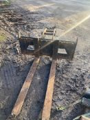 FORK ATTACHMENT FOR 6-8 TON EXCAVATOR, VERY LITTLE USE, 45MM PINS *PLUS VAT*