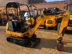 2013 JCB 8018 MINI DIGGER, SHOWING 2300 HOURS, 1 OWNER AND VERY WELL SERVICED, EXPANDING TRACKS