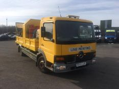 2004/54 REG MERCEDES ATEGO 1018 DAY YELLOW DROPSIDE LINE PAINTING LORRY 4.3L DIESEL ENGINE *NO VAT*