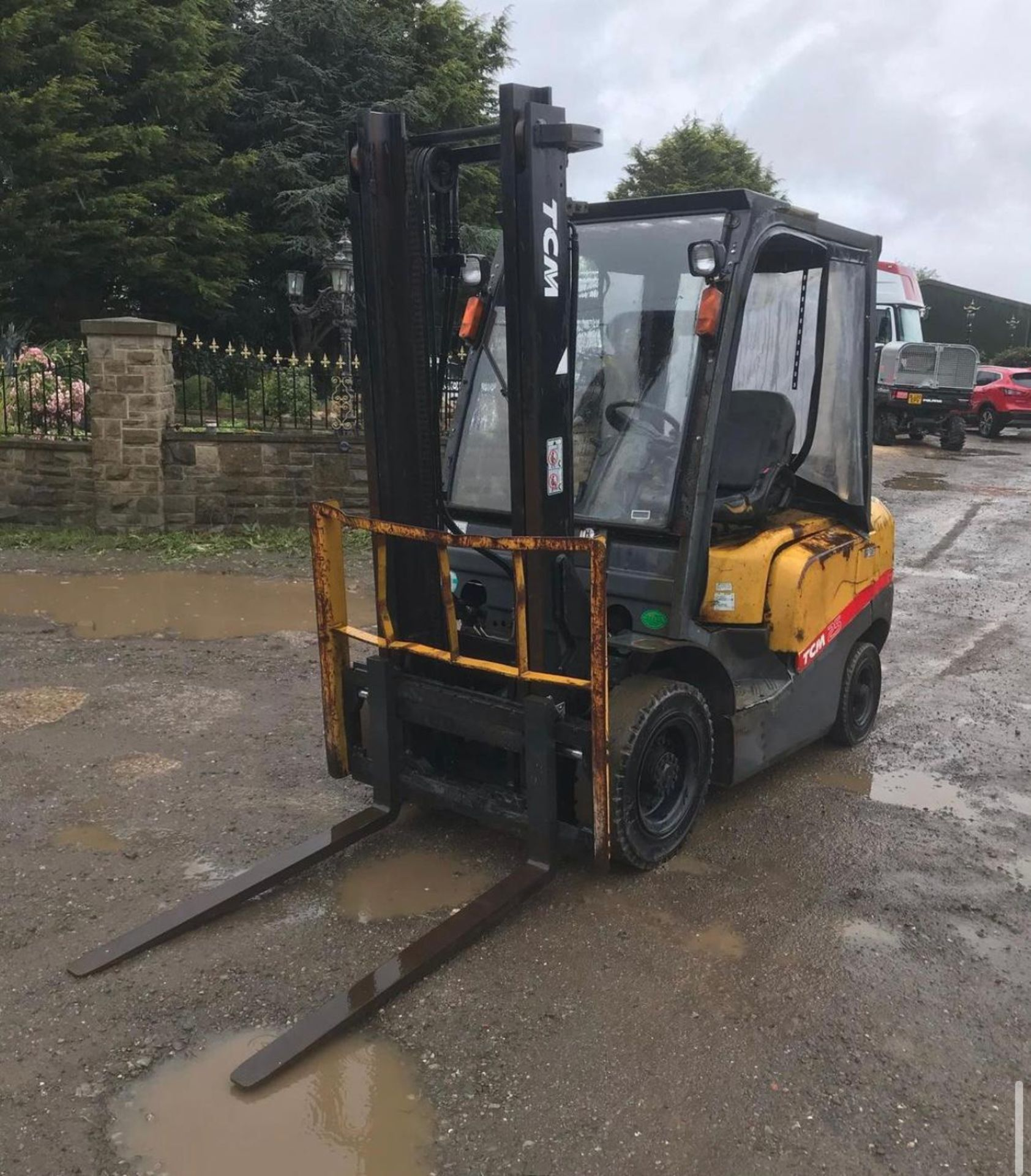 2007 TCM 25 FORKLIFT, RUNS, DRIVES AND LIFTS, 2.5 TON, SIDE SHIFT, LOW 7700 HOURS *PLUS VAT* - Image 3 of 5