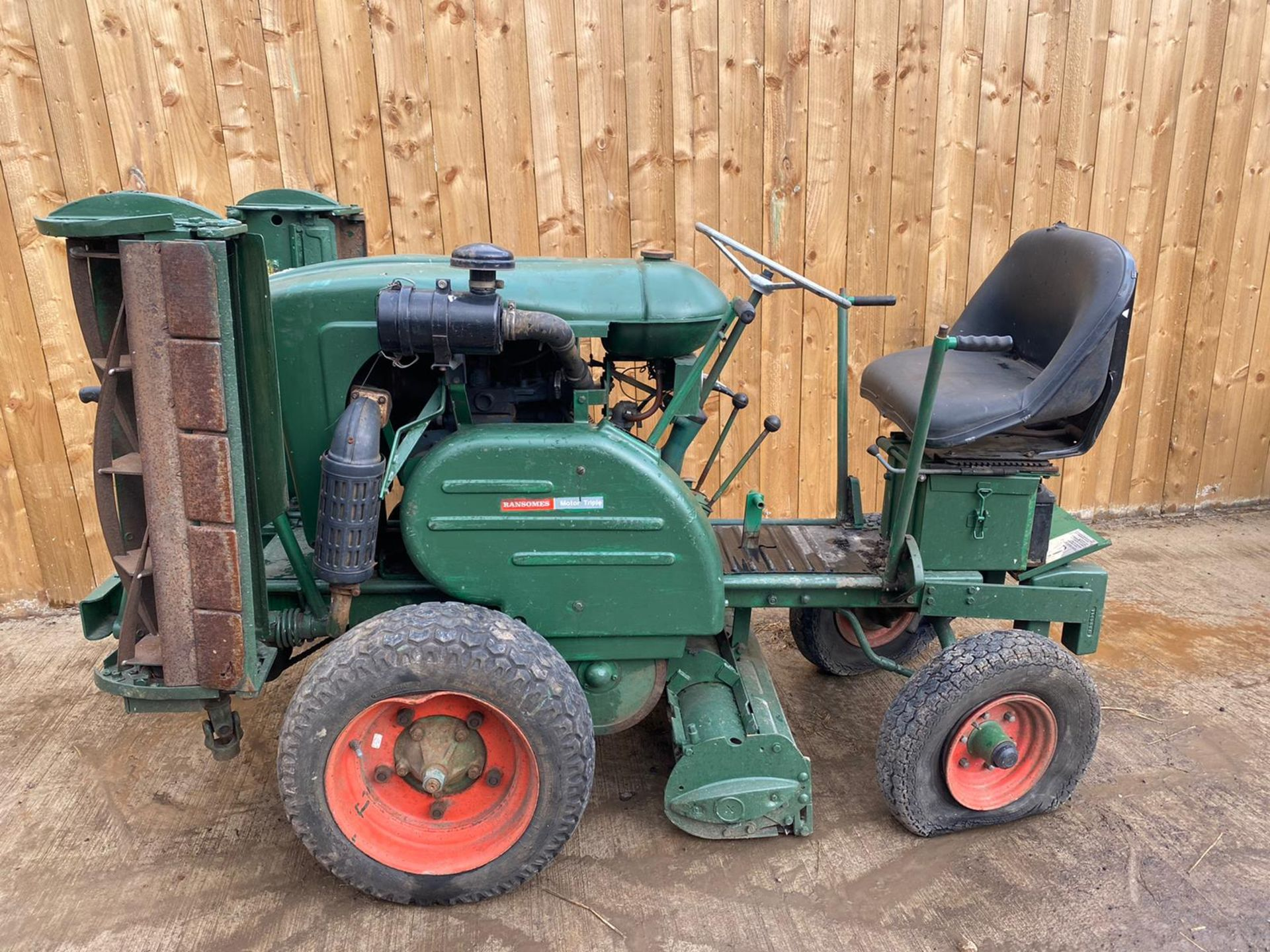 RANSOMES MOTOR TRIPLE DIESEL MOWER, KUBOTA DIESEL ENGINE, STARTS, FIRST TIME, RUNS, DRIVES, CUTS