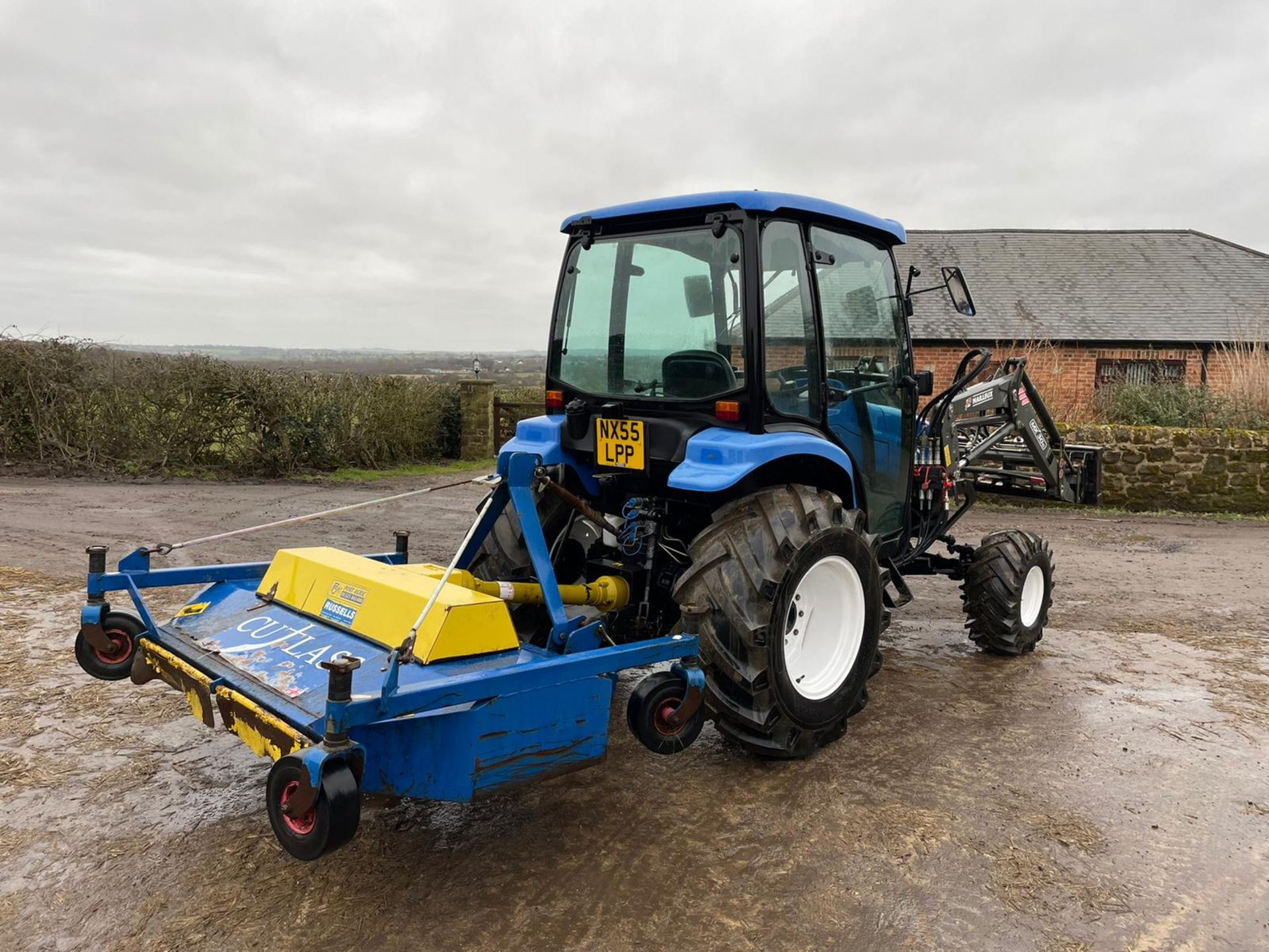 2006/55 New Holland TC40D Tractor With Loader And Bale Spike *PLUS VAT* - Image 7 of 23