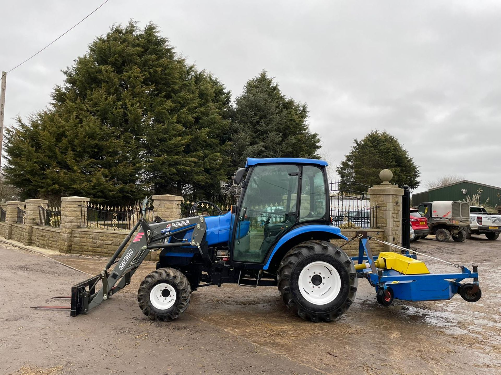 2006/55 New Holland TC40D Tractor With Loader And Bale Spike *PLUS VAT* - Image 4 of 23