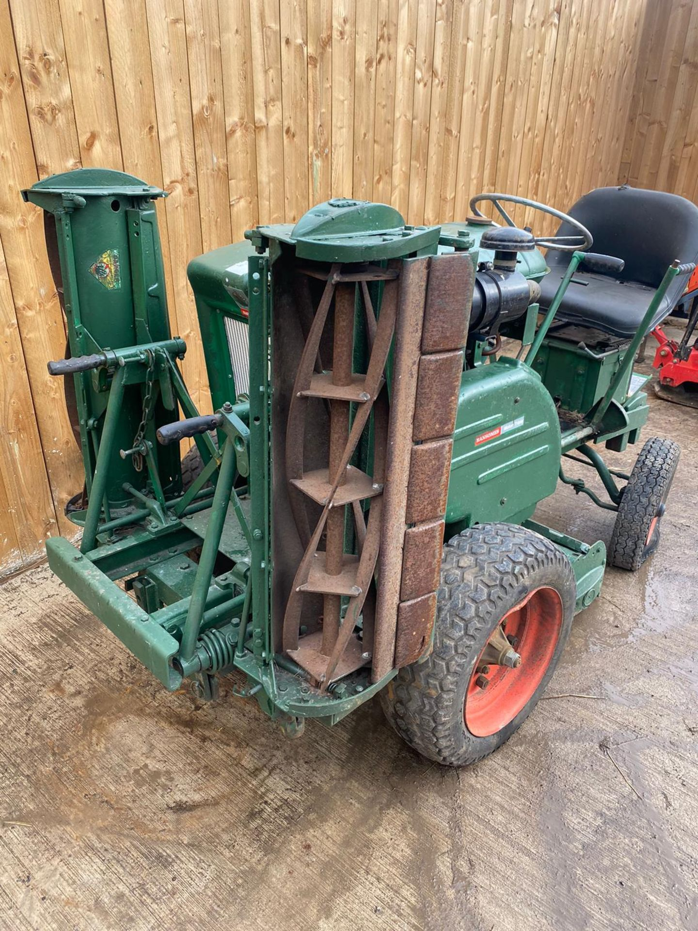 RANSOMES MOTOR TRIPLE DIESEL MOWER, KUBOTA DIESEL ENGINE, STARTS, FIRST TIME, RUNS, DRIVES, CUTS - Image 5 of 5
