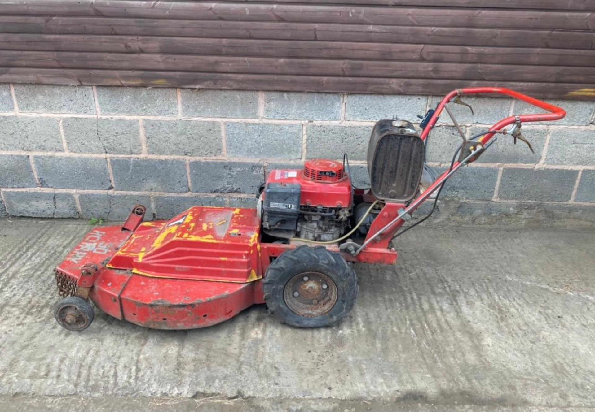 HONDA GV340 WALK BEHIND MOWER, SELF PROPELLED *PLUS VAT*