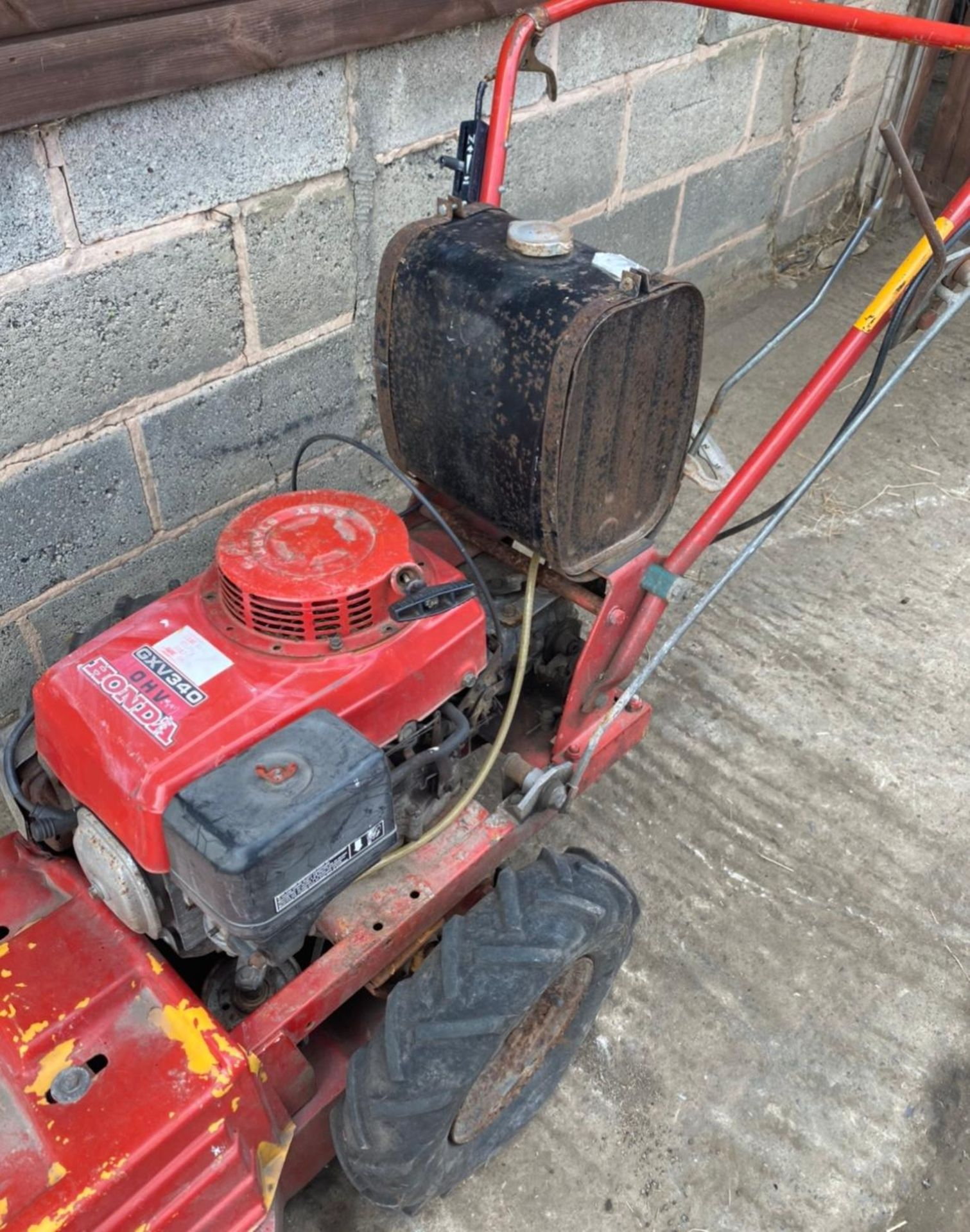 HONDA GV340 WALK BEHIND MOWER, SELF PROPELLED *PLUS VAT* - Image 3 of 3
