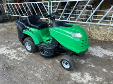 SABRE BY JOHN DEERE RIDE ON MOWER, RUNS, DRIVES AND CUTS, IN USED BUT GOOD CONDITION *NO VAT*